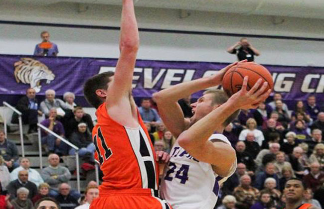 Aaron Larson scored 32 points in Olivet Nazarene's quarterfinal-round win Wednesday night.